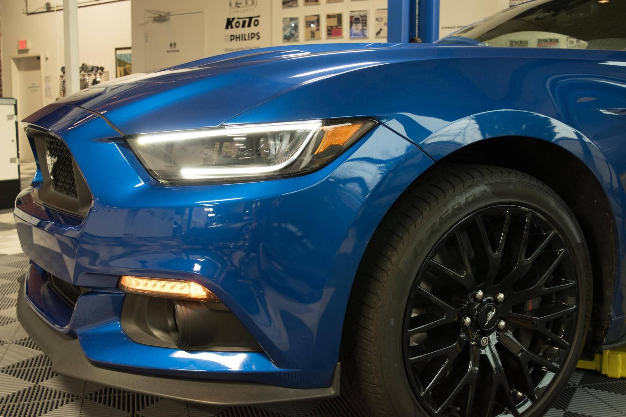 pair 2015 2017 ford mustang xb led headlights the hid factory pair 2015 2017 ford mustang xb led headlights the hid factory